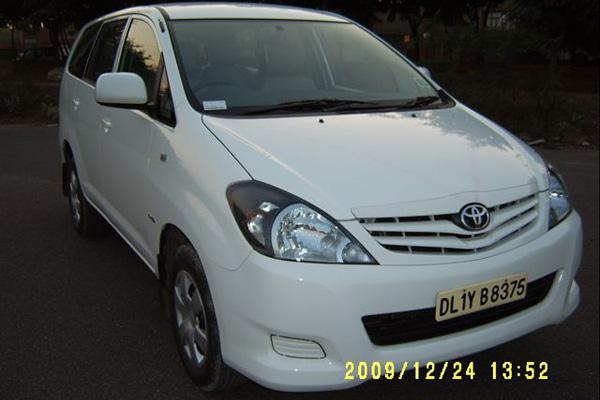 Toyota Innova - Regular model